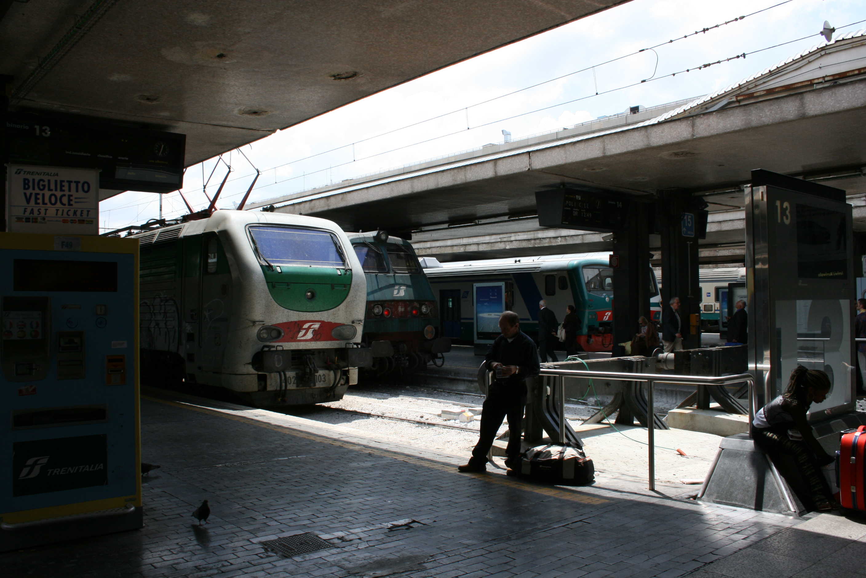 italy train travel information