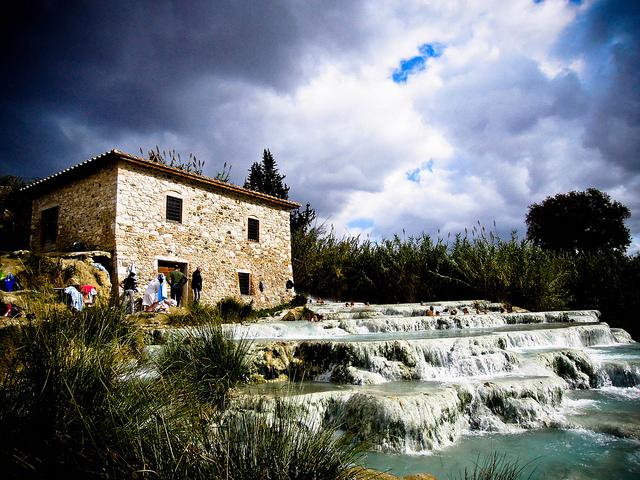 saturnia italian hot spring