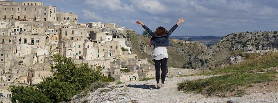 Travel planning guided tours women